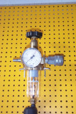 pressure reduction valve / water trap/ manometer 7